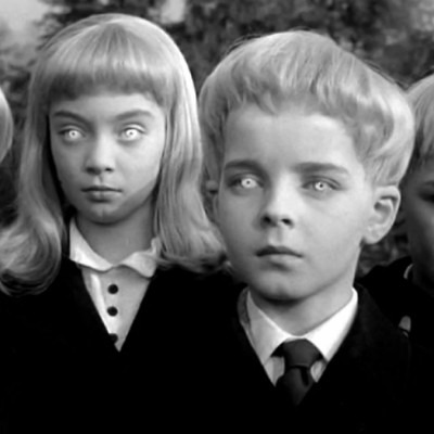 Готується телевізійна екранізація романа Джона Віндема «Зозулята Мідвіча»