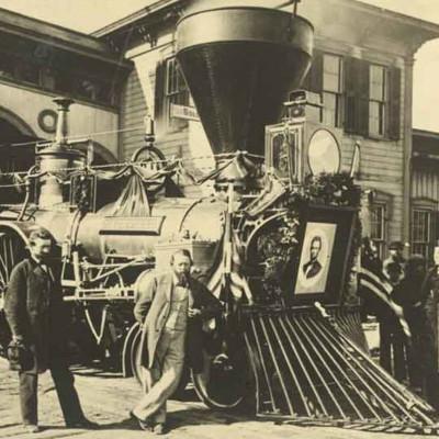 Рейки-рейки, шпали-шпали, їхав потяг… з потойбіччя